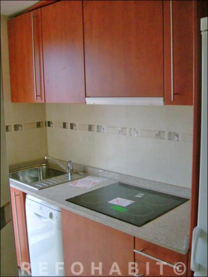 Reformar cuina, mobles alts i baixos a pis de Badalona